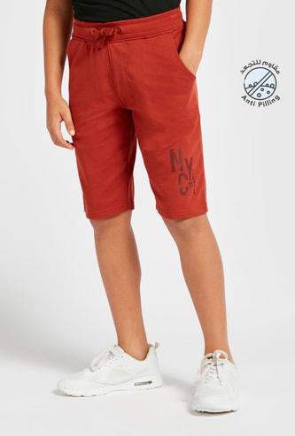 Text Print Knee-Length Shorts with Drawstring Closure and Pockets