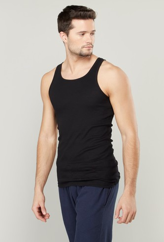 Set of 2 - Solid Sleeveless Vest