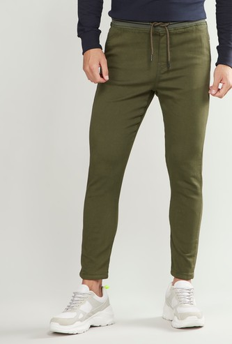 Slim Fit Plain Mid-Rise Pants with Pocket Detail and Drawstring Closure
