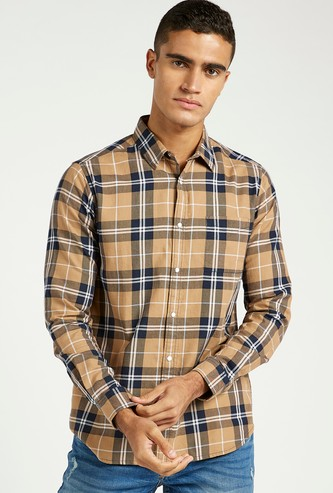 Slim Fit Checked Shirt with Spread Collar and Chest Pocket