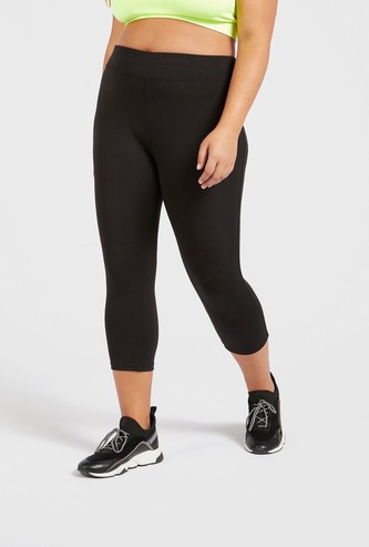 Solid Quick Dry Capris with Elasticised Waistband