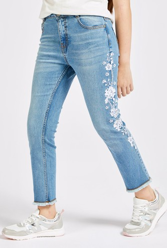 Floral Embroidered Ankle-Length Jeans with Pockets