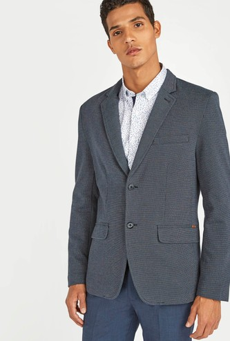 Textured Blazer with Notched Lapel and Long Sleeves