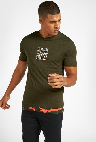 Slim Fit Text Print T-shirt with Crew Neck and Short Sleeves