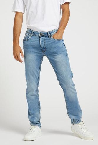 بنطلون جينز سليم سادة بخصر متوسط الارتفاع وحلقات حزام وجيوب