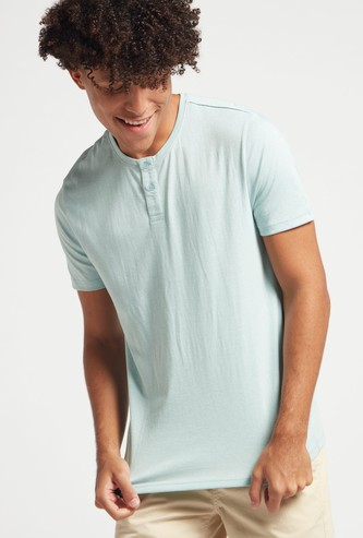 Slim Fit Textured Henley Neck T-shirt with Short Sleeves