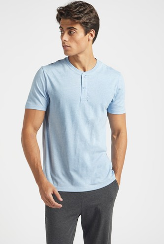 Solid Henley T-shirt with Short Sleeves