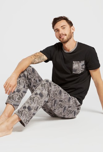 Solid Short Sleeves T-shirt and All-Over Text Print Pyjama Set