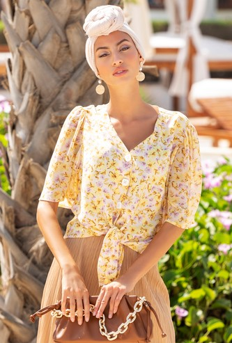 Floral Print Crop Top with Knot Detail and Short Sleeves