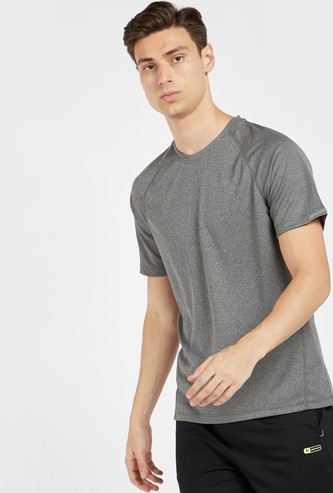 Textured T-shirt with Crew Neck and Raglan Sleeves