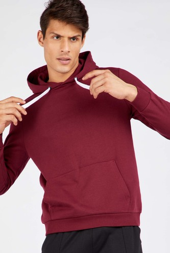 Solid Anti-Pilling Hoodie With Long Sleeves and Kangaroo Pocket