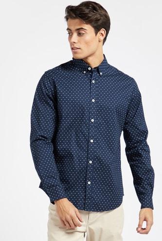 قميص أكسفورد بطبعات منقطة وأكمام طويلة ووصلة أزرار كاملة