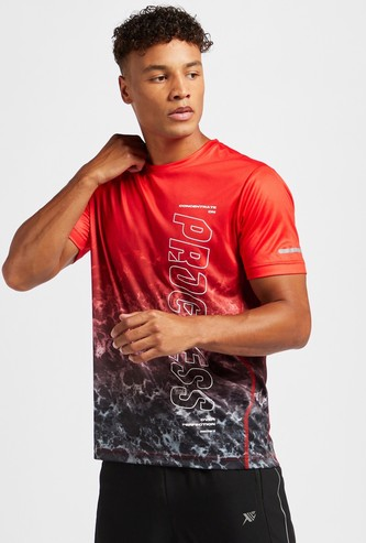 Text Print Ombre T-shirt with Crew Neck and Short Sleeves