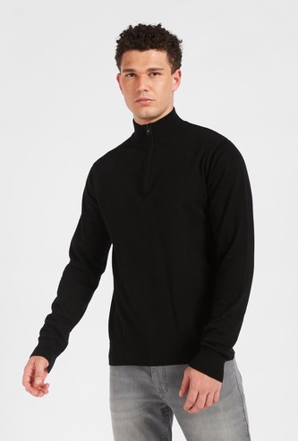 Solid Long Sleeves Sweater with Half Zip Closure