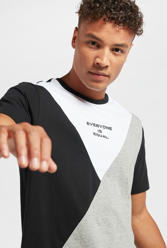 Abstract Cut and Sew Panel T-shirt with Round Neck and Short Sleeves