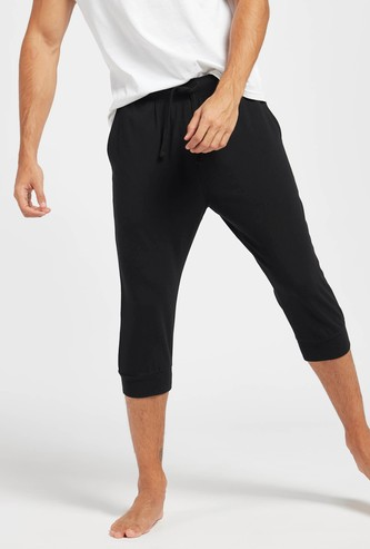 Solid 3/4 Pants with Drawstring Closure and Pocket Detail