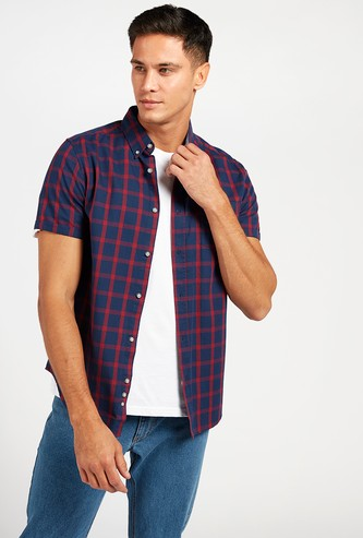 Checked Shirt with Short Sleeves and Button-Down Collar