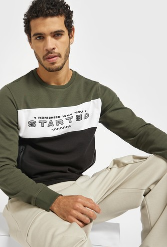 Typographic Print Sweatshirt with Zipper Pockets and Long Sleeves