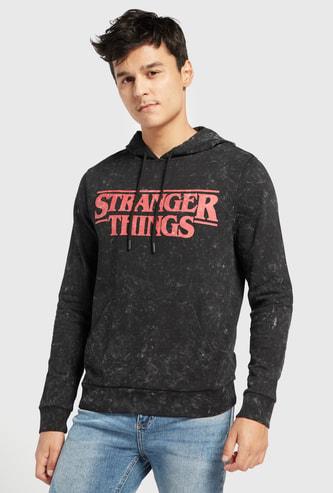 Stranger Things Print Slim Fit Sweatshirt with Hood and Long Sleeves