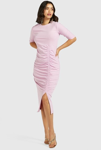 Ribbed Midi Bodycon Dress with Short Sleeves and Ruching Detail