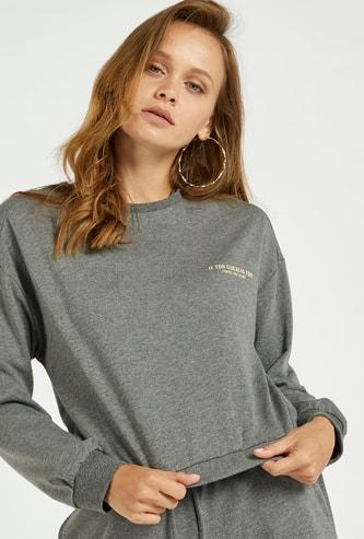 Typographic Print Sweatshirt with Crew Neck and Long Sleeves