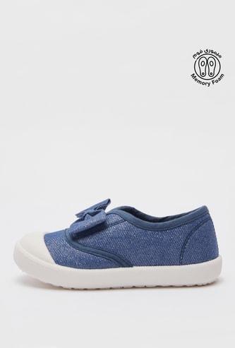 حذاء سهل الارتداء بتفاصيل فيونكة