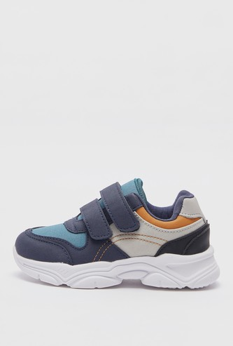 Panelled Sports Shoes with Hook and Loop Closure