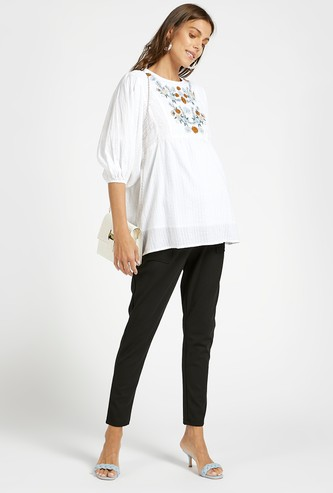 Full Length Textured Mid-Rise Trousers with Pockets