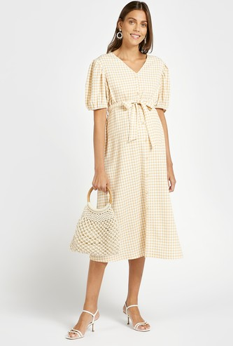 Checked Midi A-line Maternity Dress with Tie-Ups and Puff Sleeves