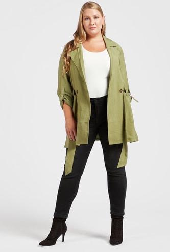 بنطلون جينز قصير سادة بتفاصيل جيوب وعراوي حزام