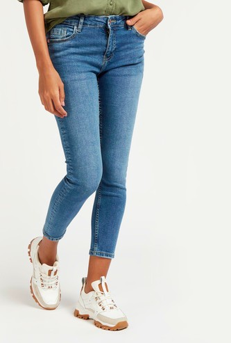 Skinny Fit Solid Mid-Rise Cropped Jeans with Pockets and Belt Loops