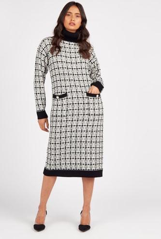 فستان كاروهات ميدي واسع بياقة عالية وأكمام طويلة