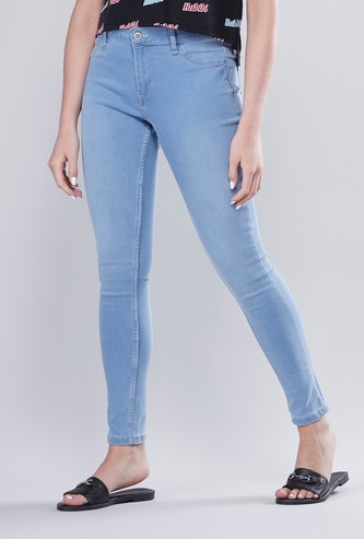 Skinny Fit Mid-Rise Solid Jeans