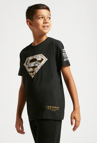 Superman Applique T-shirt with Round Neck and Short Sleeves