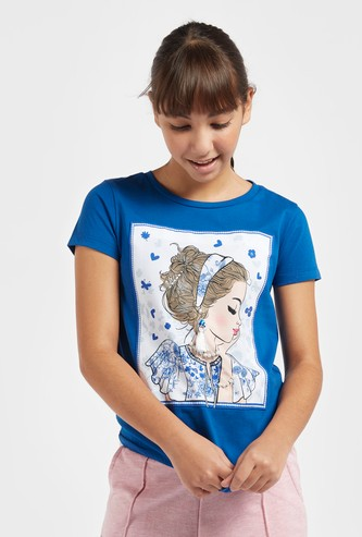 Graphic Print T-shirt with Round Neck and Embellishments