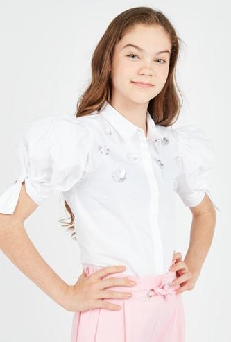 قميص بوبلين مزين بأكمام قصيرة