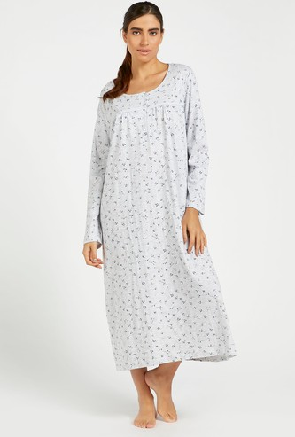 ثوب نوم بطبعات أزهار وياقة مستديرة وأكمام طويلة