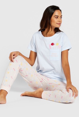 Graphic Print Round Neck T-shirt with Contrast Full-Length Pyjamas