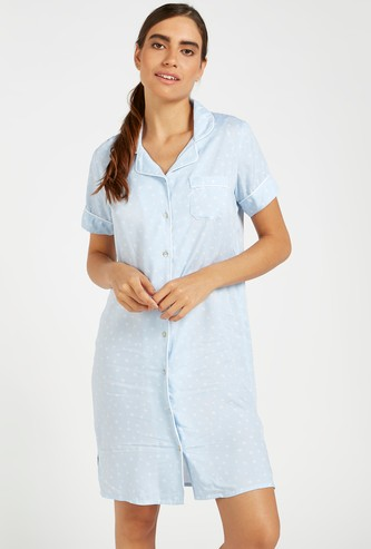 All-Over Scatter Dots Sleepshirt with Spread Collar and Short Sleeves