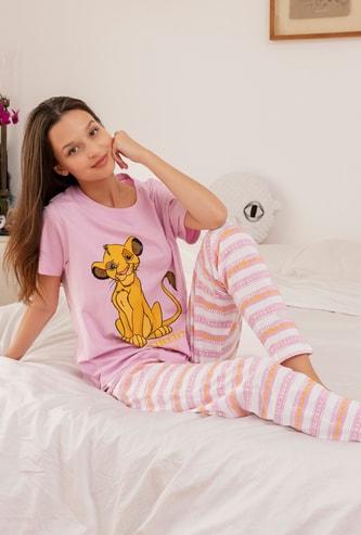 The Lion King Print T-shirt and Full Length Pyjama Set