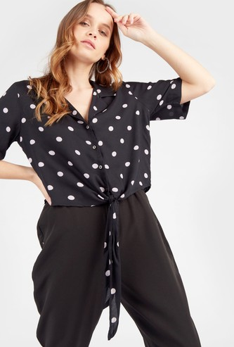 Polka Dotted Tops with Short Sleeves and Knot Front Hem
