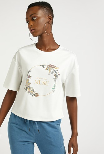 Printed Cropped Round Neck T-shirt with Short Sleeves