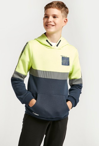 Colour-Blocked Hoodie with Long Sleeves and Pocket