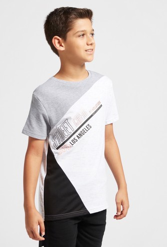 Text Print Asymmetrical Cut and Sew T-shirt with Short Sleeves
