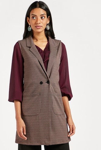 Houndstooth Jacquard Sleeveless Jacket with Pockets