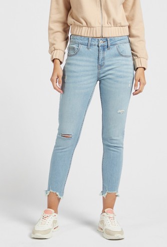 Skinny Fit Distressed Mid-Rise Cropped Jeans with Pocket Detail