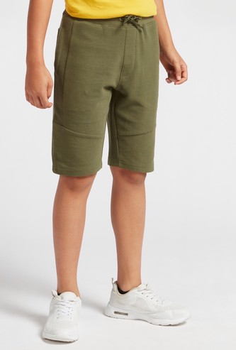 Textured Knee-Length Shorts with Drawstring Closure and Pockets