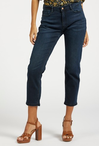 Slim Fit Mid-Rise Cropped Jeans with Pockets and Button Closure
