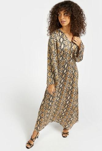 فستان إيه لاين طويل ملفوف بأكمام طويلة وطبعات