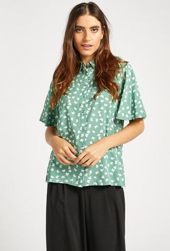 All-Over Butterfly Print Shirt with Spread Collar and Short Sleeves